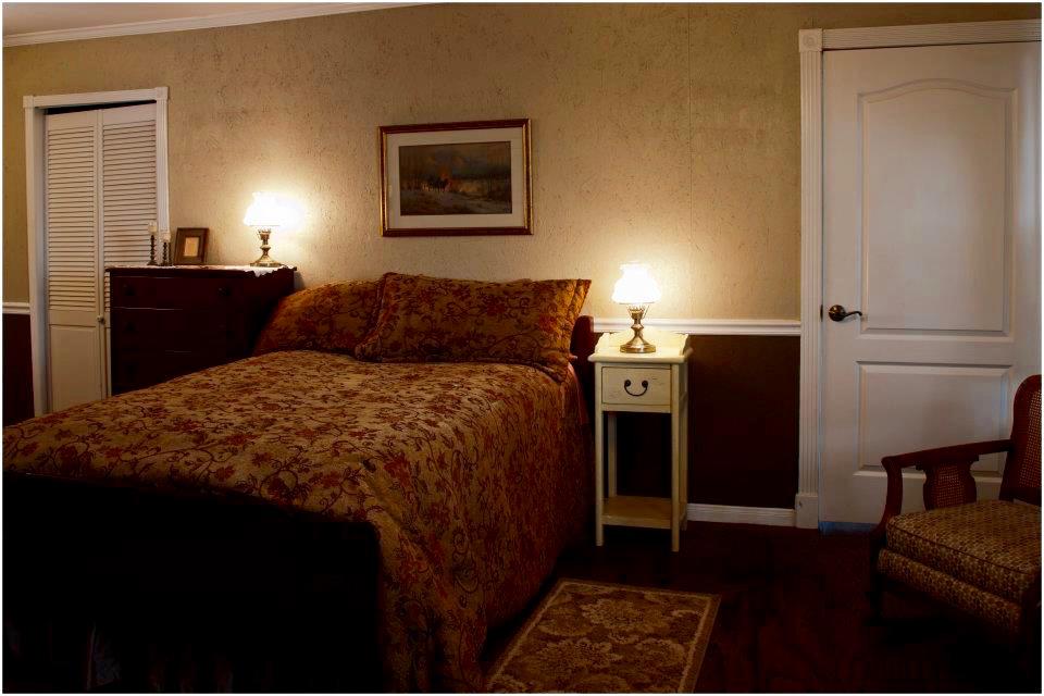7. Hotel Room