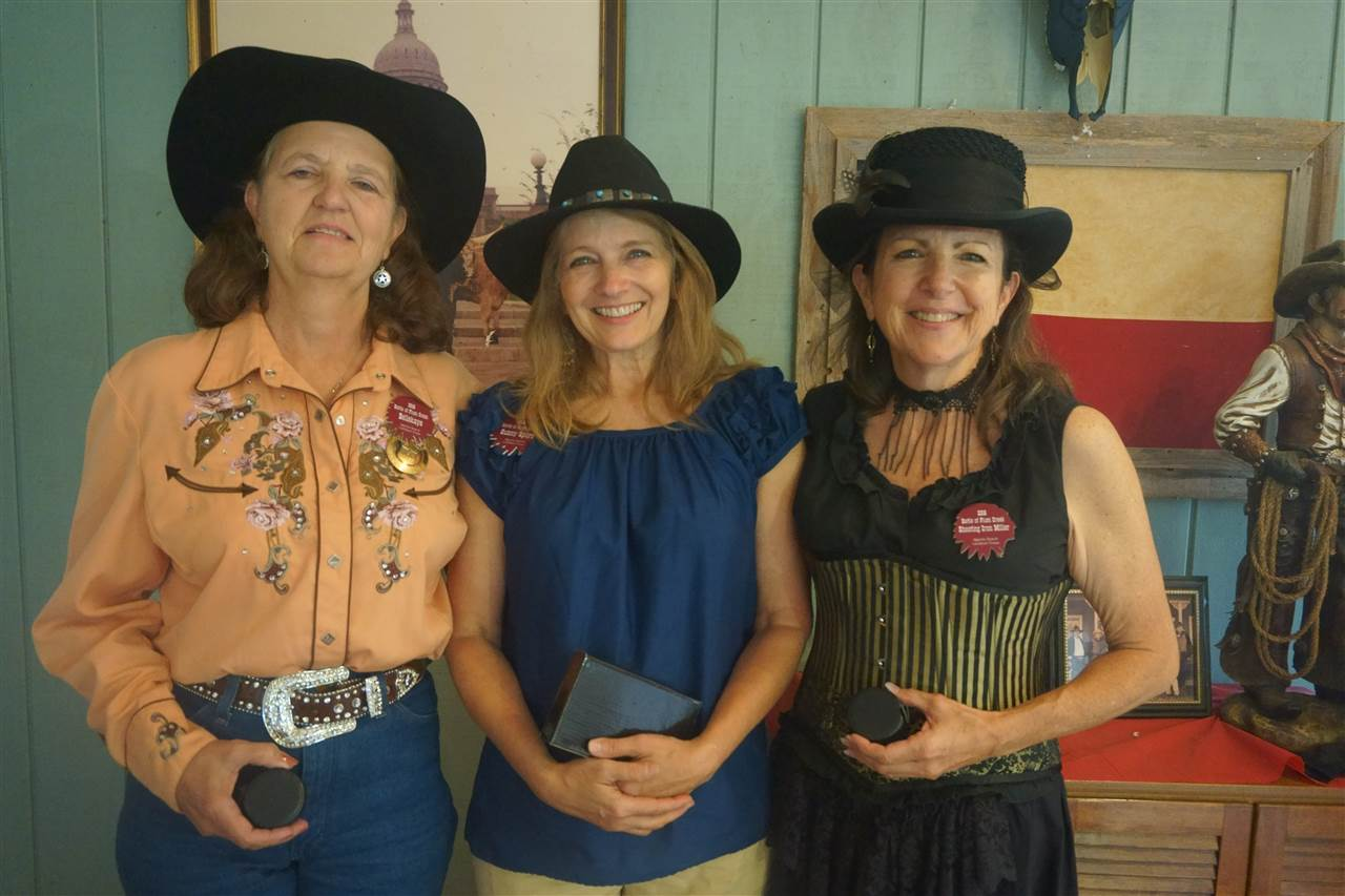 _Ladies 49'r - Sunny Spurs & Bellekaye & Shooting Iron Miller