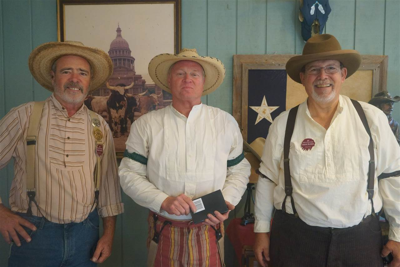 _Senior Gunfighter - Crooked Bullet & Brushy Creek Bill & General Burleson